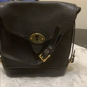 Dooney &Bourke USA black leather handbag.